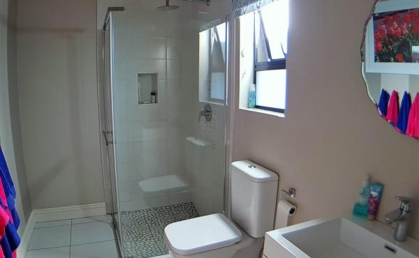 bathroom-bedroom-4-and-loft