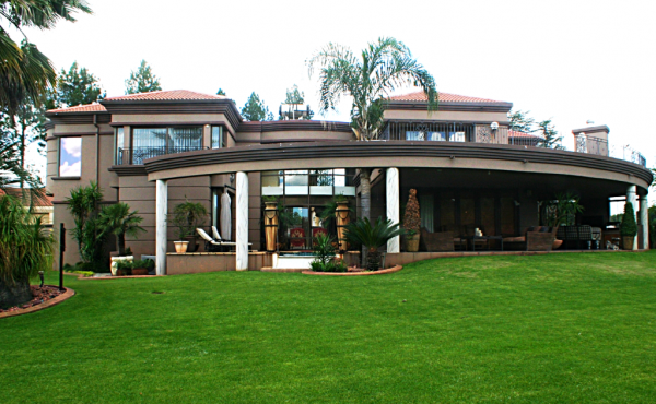 1-front-view-of-home