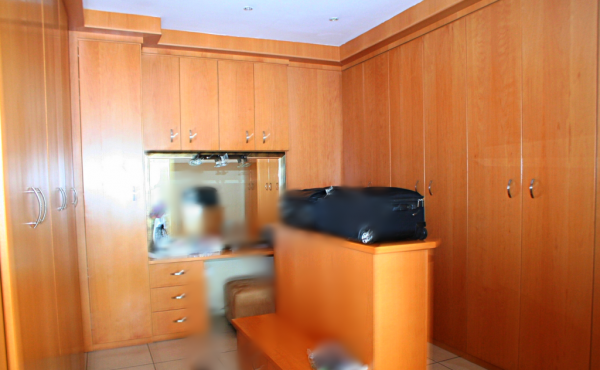 9-dressing-room-master-bedroom