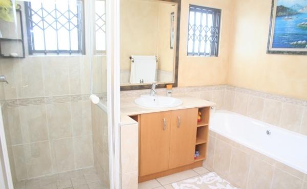 example-ensuite bathrooms