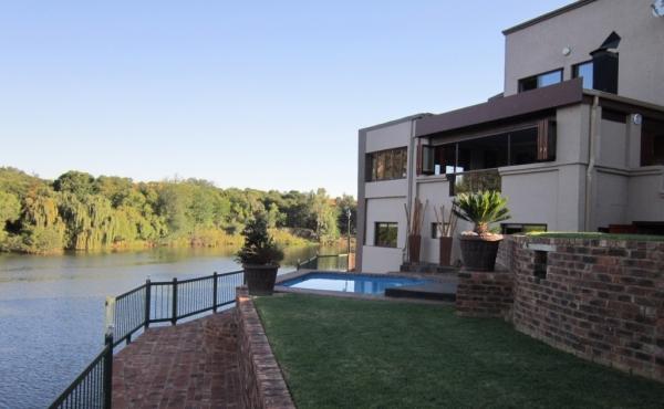 lawn-terrace