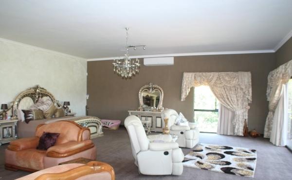 master-bedroom-home-1