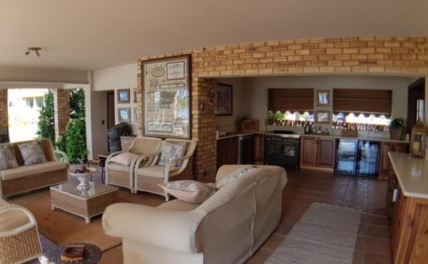 entertainment-cottage