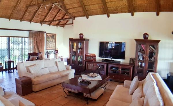 lounge-main-home
