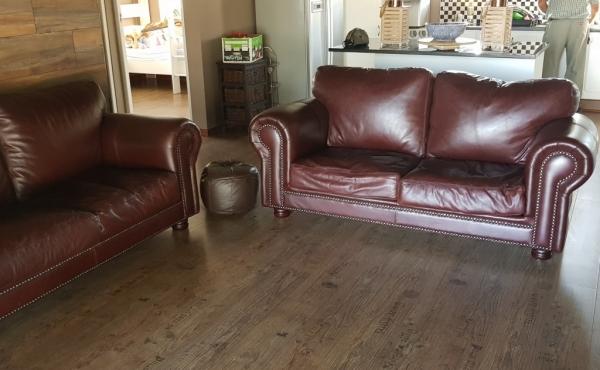 lounge-log-home