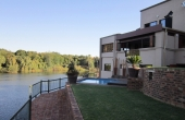 101642851, Riverfront home - Vaaloewer The Best River View!